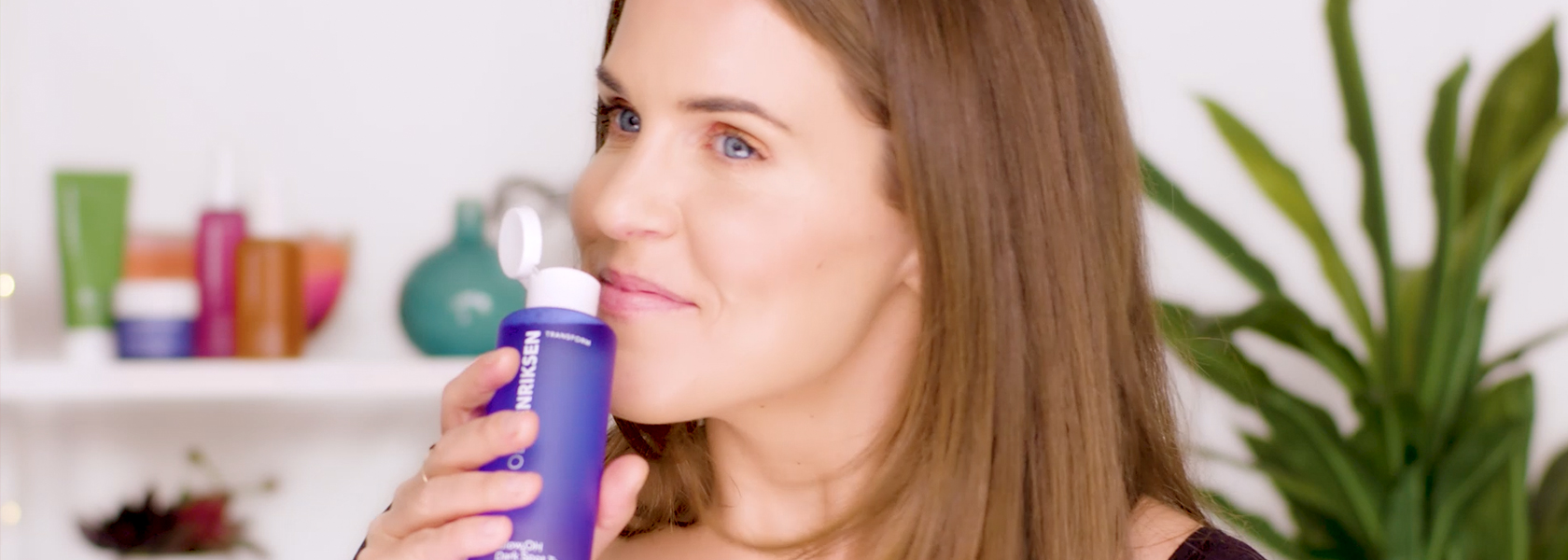 WATCH NOW: MEET GLOW2OH™ DARK SPOT TONER