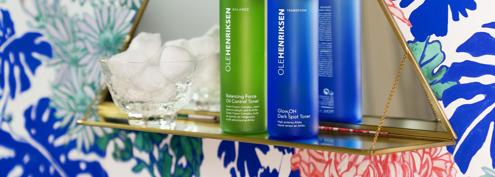 PHYSICAL VS. CHEMICAL EXFOLIATION